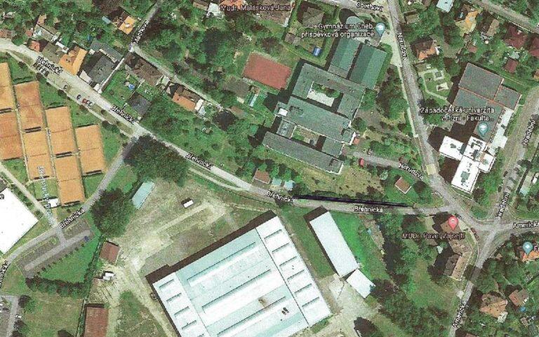 Mapa s vyznačením navrhovaného chodníku